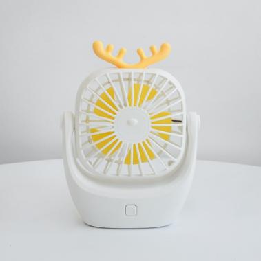新款usb萌宠小鹿迷你静音充电学生风扇 80/件 白色